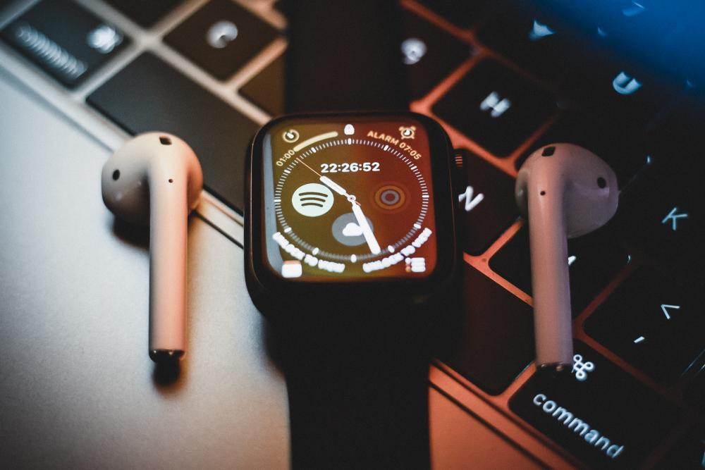 AirPods und Apple Watch verbinden